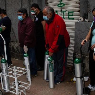Oxígeno, agotado o lo venden a precios inaccesibles en la CDMX