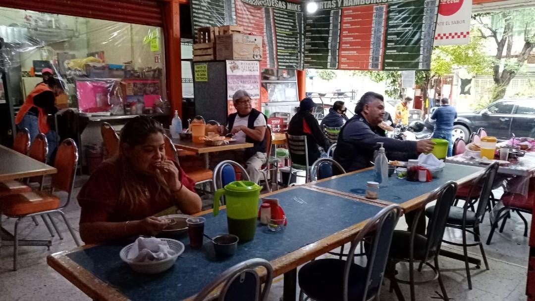 Reabren restaurantes de la CDMX pese al semáforo rojo