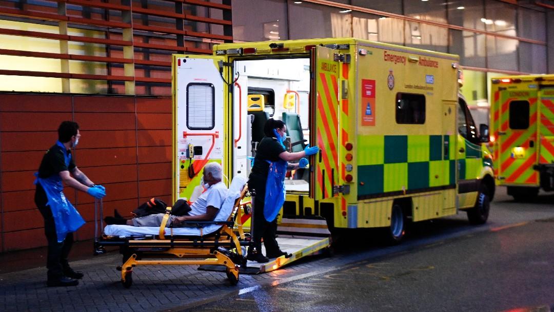 Reino Unido recurre a morgues de emergencia ante la saturación en hospitales