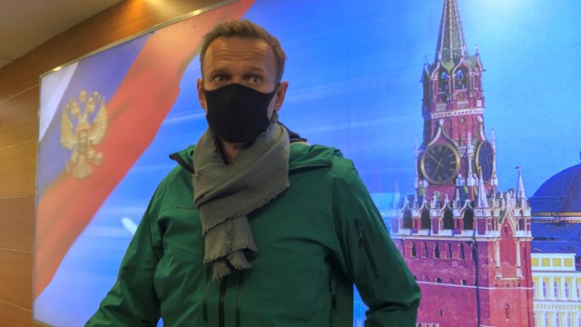 Rusia dicta 30 días de prisión preventiva contra Navalny