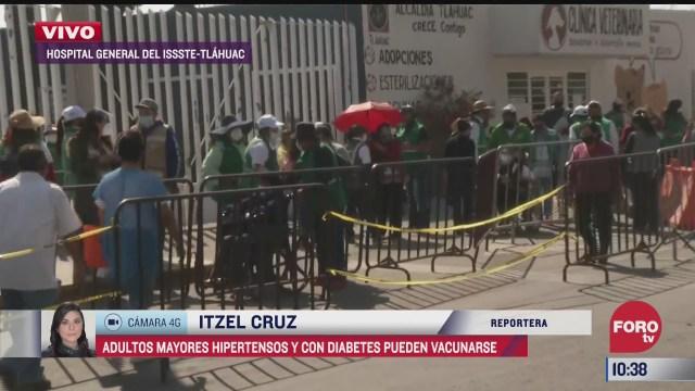 adultos mayores reciben vacuna contra covid 19 en tlahuac