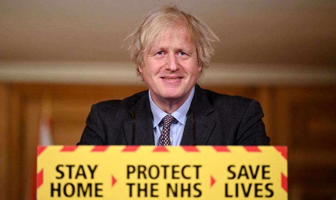 Boris Johnson presenta plan para que Reino Unido regrese a la normalidad en junio