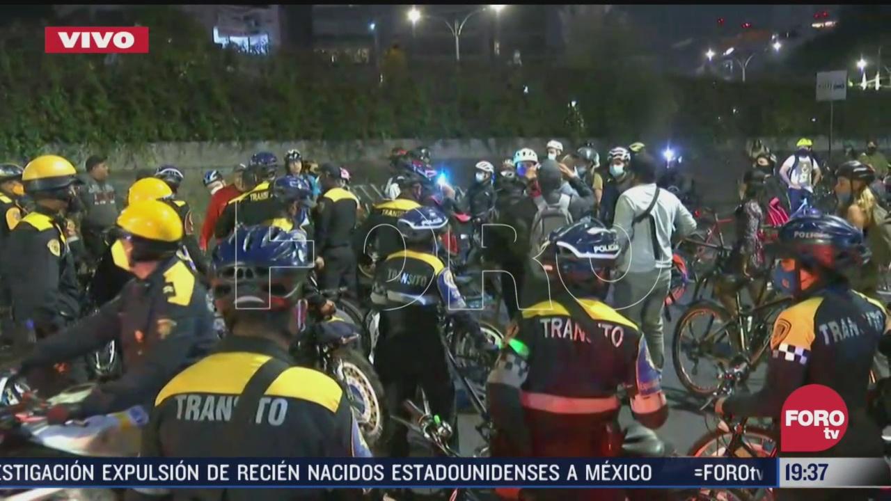 ciclistas en cdmx amplian bloqueo a viaducto