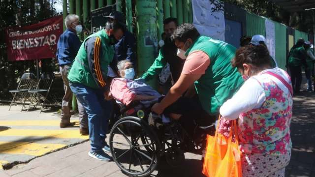 Ciudad de México realiza jornada de vacunación organizada y exitosa