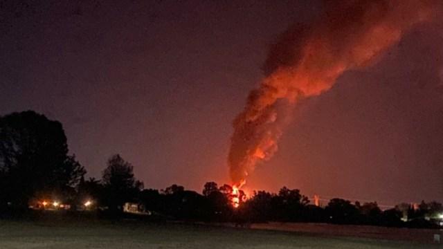 Incendio en ducto de Pemex en Querétaro por toma clandestina