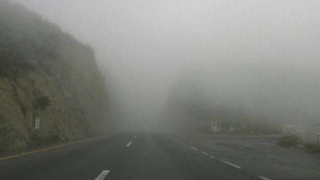 Por neblina cierran la circulación en la autopista Saltillo-Monterrey