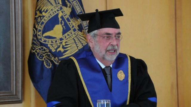 Rector de la UNAM, Enrique Graue, al ser investido vía remota, con el doctorado honoris causa de la Universidad de Panamá (UNAM)