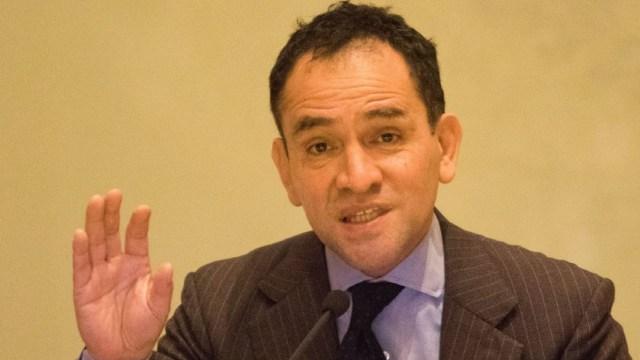 """Arturo Herrera advierte que pandemia traerá """"desigualdad y pobreza"""""""