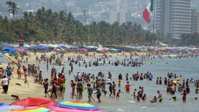 Advierten sobre posible repunte de contagios en Semana Santa