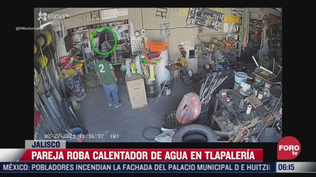 pareja roba calentador de agua en tlapaleria en jalisco