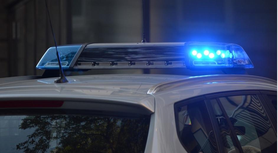Hombre decapita a su hija y se entrega con su cabeza a la Policía