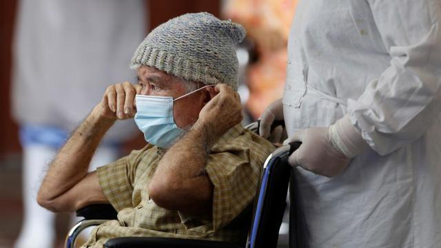 Corticoides-reducen-mortalidad-en-pacientes-mayores-COVID