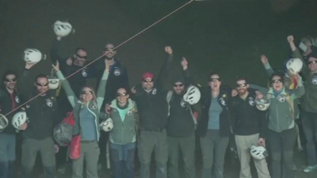 Participantes de experimento en cueva de Lombrives Ariege (FOROtv)