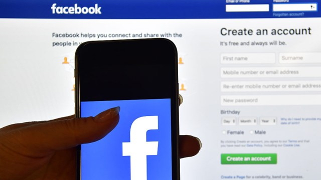 Facebook aceptará solicitudes de los usuarios para eliminar 'contenido dañino'