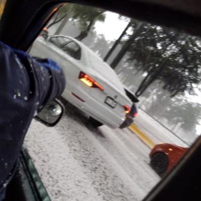 Granizada sorprende y causa encharcamientos en Toluca y Metepec