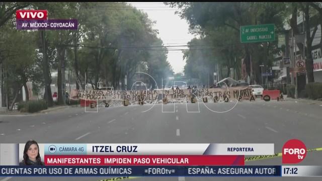 manifestantes bloquean la avenida mexico coyoacan en la cdmx