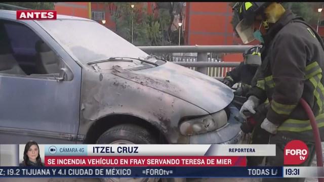 se incendia vehiculo en fray servando teresa de mier cdmx