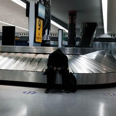Brasil prohíbe entrada de viajeros de la India por COVID-19