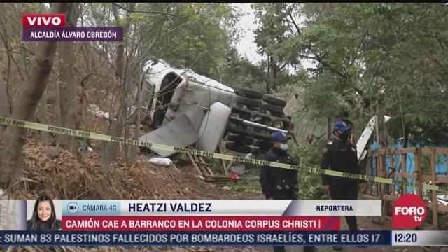 camion cae a barranco en la alcaldia alvaro obregon cdmx