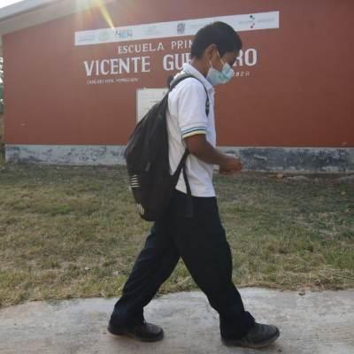 Cierran otra escuela en Campeche por caso COVID