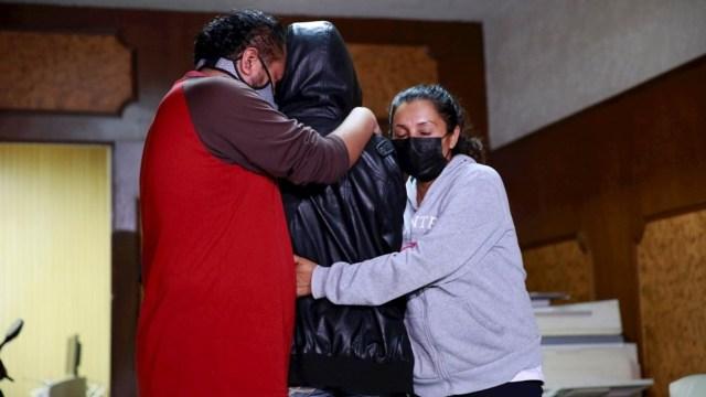 Familia que denunció al diputado Saúl Huerta teme represalias y denuncia que no les han brindado protección