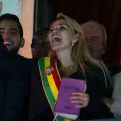 Fiscalía de Bolivia abre investigación contra Jeanine Áñez por proclamarse presidenta