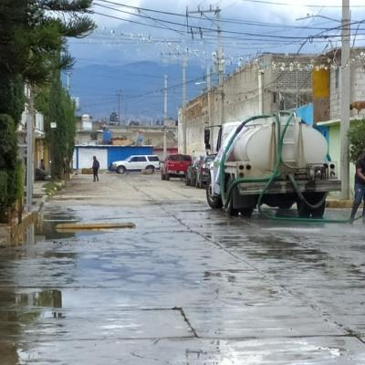 Habitantes de Ixtapaluca, Estado de México, continúan recuperándose de las inundaciones