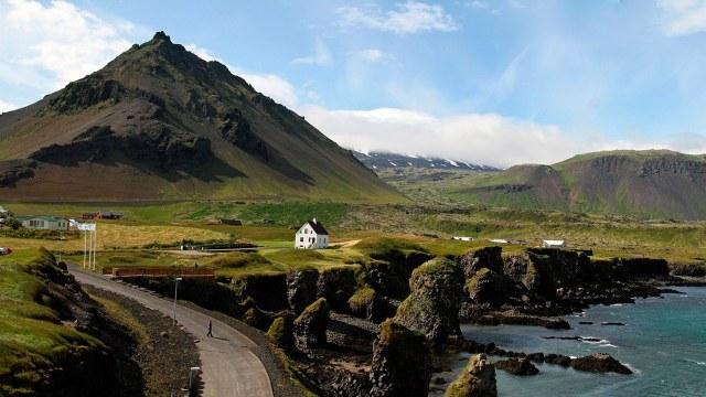 Pareja evita al covid tras irse a vivir a isla Owey, un remoto lugar