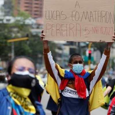 'Nos están matando en Colombia', gritó un joven poco antes de ser baleado