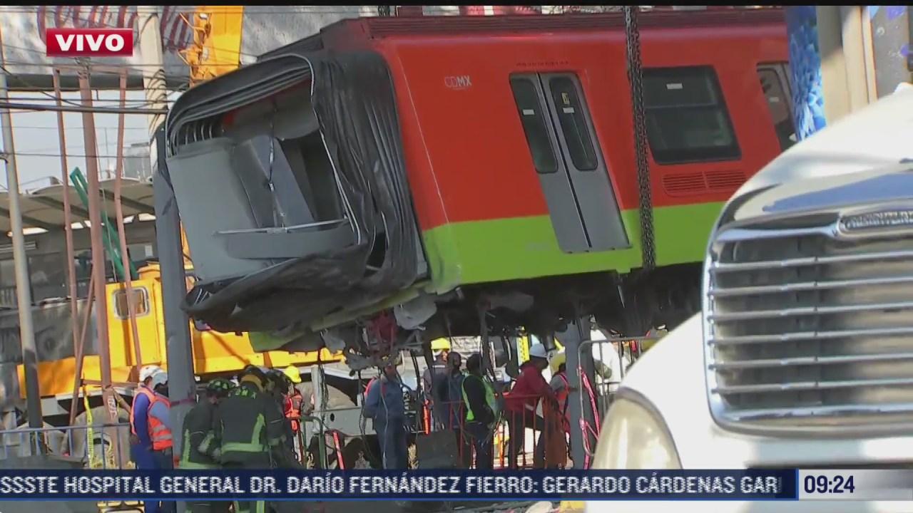 retiran un vagon del metro que colapso en linea