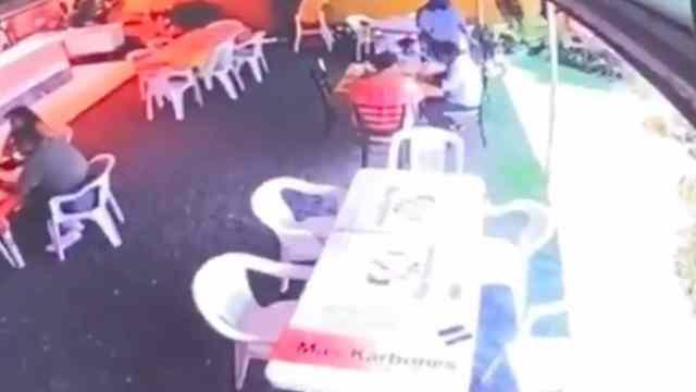 Asalto en restaurante de Temixco, Morelos (FOROtv)