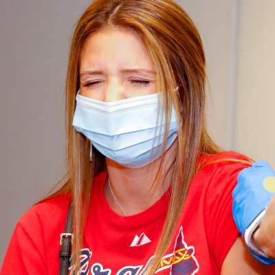 Campaña de vacunación en un juego de la MLB entre los Filis de Filadelfia y los Bravos de Atlanta (Getty Images)