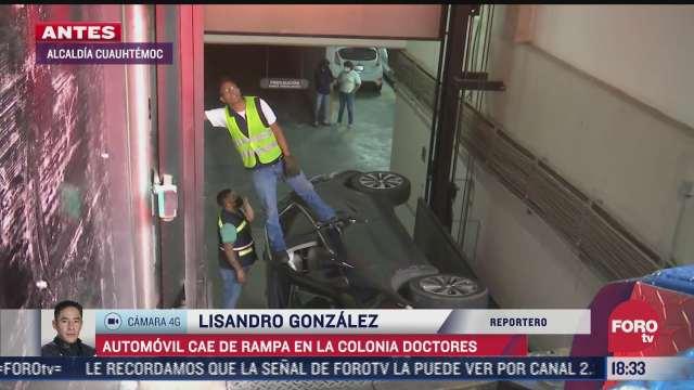 automovil cae de rampa en la colonia doctores de cdmx
