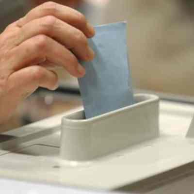 Francia realiza primera vuelta de elecciones regionales