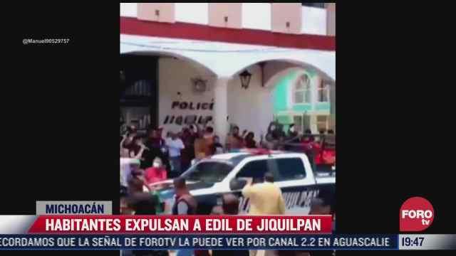 habitantes expulsan a edil de jiquilpan michoacan