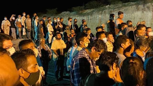 Rinden homenaje a mineros de Múzquiz, Coahuila (Twitter: @LuisaAlcalde)