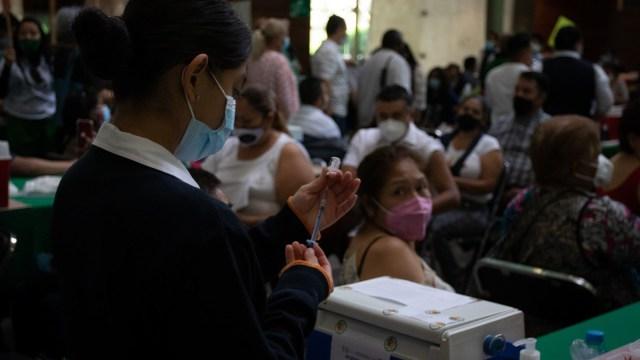 Iztacalco, Azcapotzalco y Cuauhtémoc, las siguientes alcaldías en vacunar contra COVID-19 a adultos de 40 a 49 años en CDMX