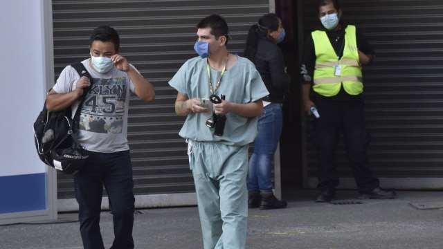 Médicos contratados para atender unidades COVID renovarán contrato en hospitales de CDMX