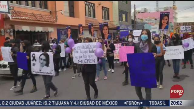 mujeres protestan para exigir justicia por la doctora beatriz hernandez