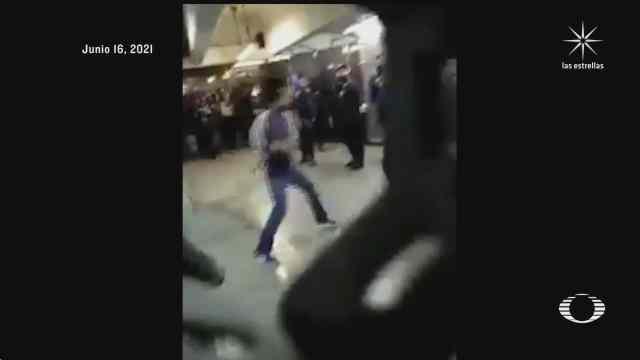 pelea en metro pantitlan