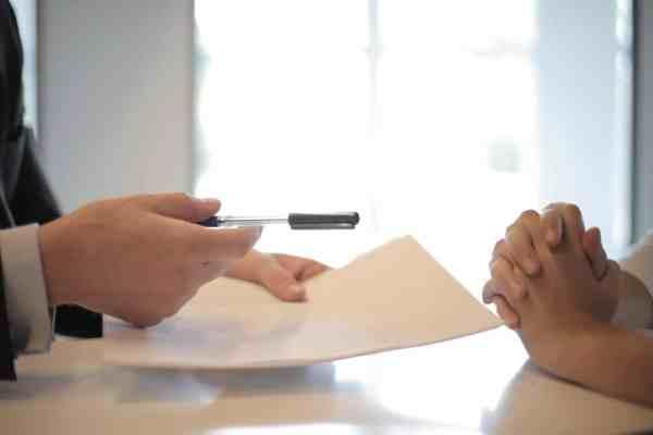 SEP abre vacantes con sueldos de hasta 137 mil pesos al mes
