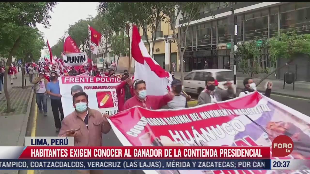 protestan en peru para conocer a ganador presidencial