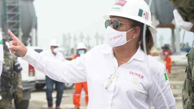 TEPJF afirma que Rocío Nahle cometió violaciones electorales y ordena a AMLO sancionarla