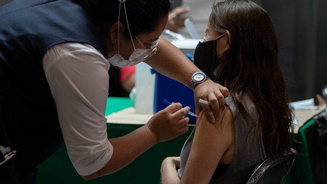 Baja California, primer estado en vacunar contra COVID-19 a todos los mayores de 18 años