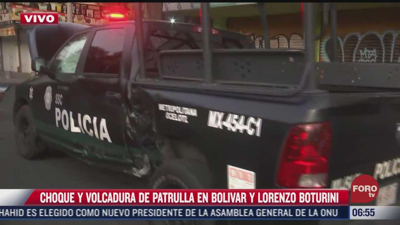 vuelca patrulla tras choque en bolivar y lorenzo boturini en cdmx