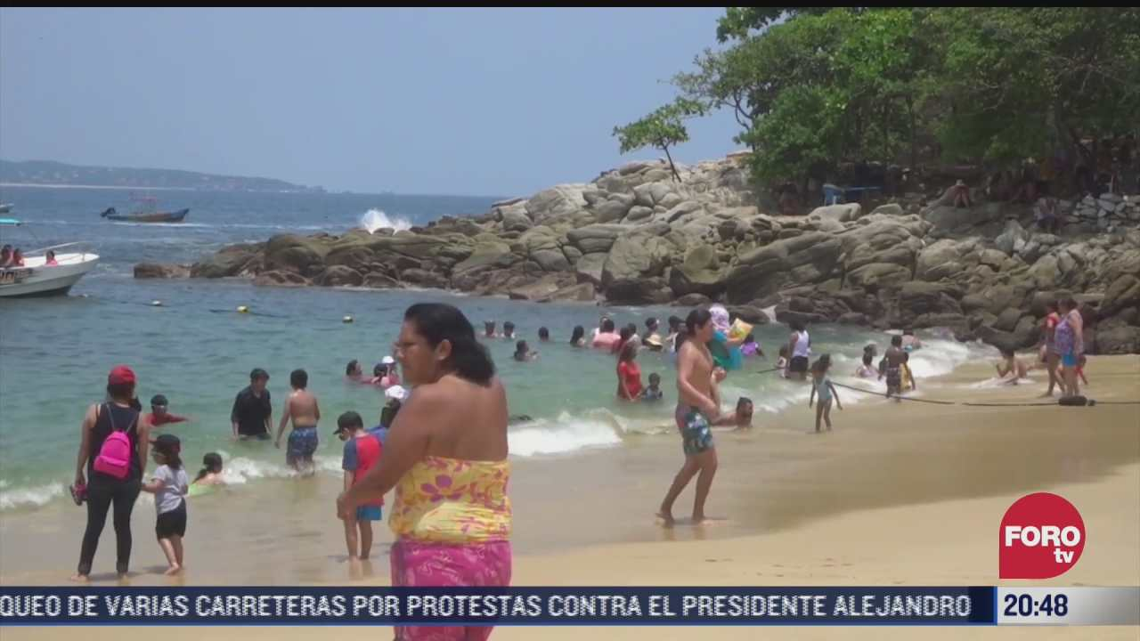 aumenta turismo en medio de tercera ola de covid 19 en puerto escondido