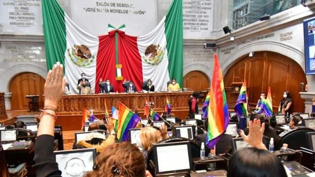 Congreso del Estado de México aprueba Ley de Identidad de Género (Twitter: @Legismex)