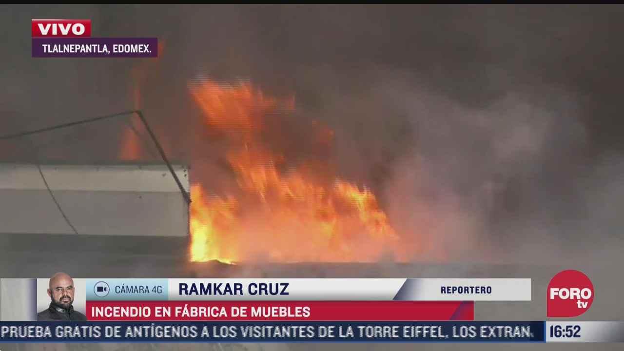 desalojan gasolinera tras incendio en fabrica de muebles en tlalnepantla