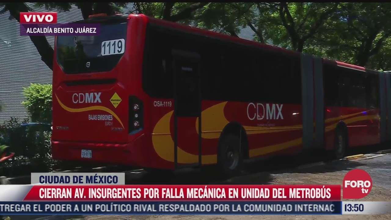 falla en el metrobus provoca derrame de combustible sobre av insurgentes en cdmx