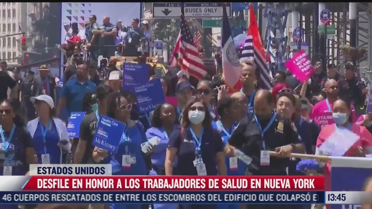 realizan desfile en honor a los trabajadores de la salud en nueva york